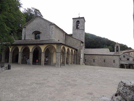 """Chiusi della Verna, Italie : Prospetto del Santuario """"Basilica Giubilare"""""""