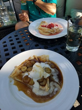 The Patio Place: Bananas Foster U0026 Honey And Cheese Crepes