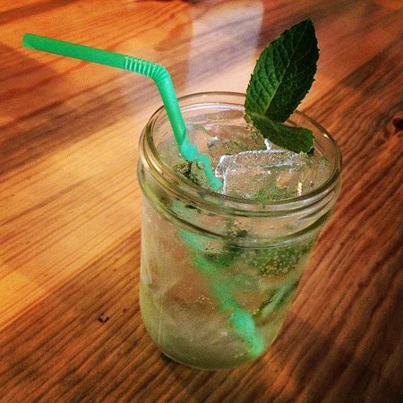 Mariposa, CA: Mountain Mint and Lime Soda Pop