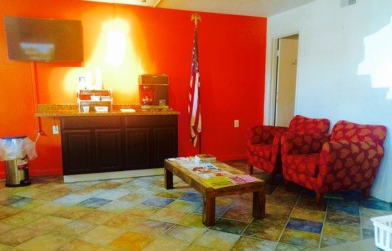Frackville, PA: lobby