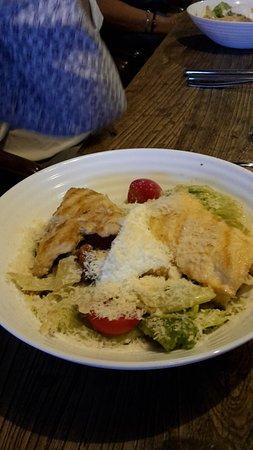 Hühnchenmit Salat
