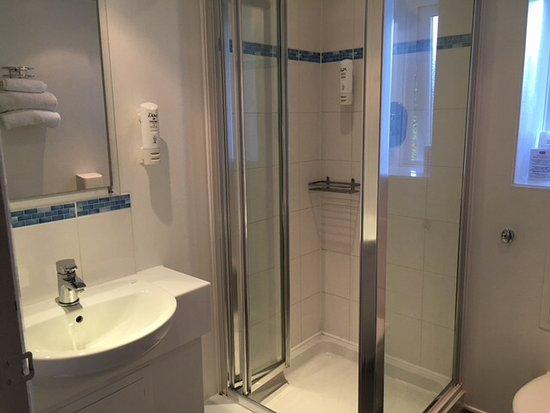Gillingham, UK: Recently refurbished rooms