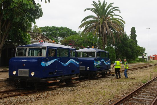 Mossel Bay, Afrika Selatan: Trolleys at Groot Brak