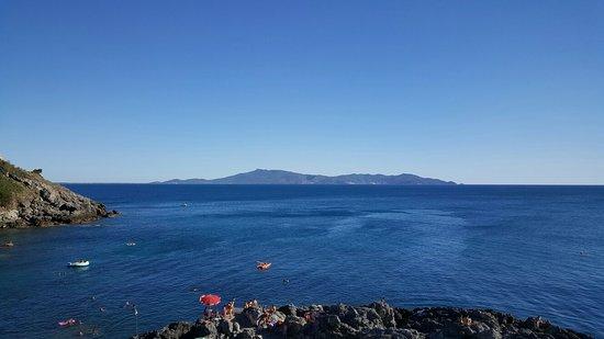 Panorama dal Bagno delle Donne - Foto di Bagno delle Donne Beach ...