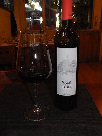 Vila Nogueira de Azeitao, Portugal: Excellent vin