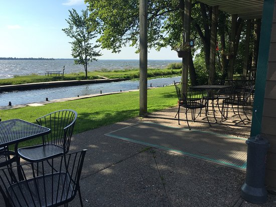 Isle, MN: View Lake Mille Lacs while dining!