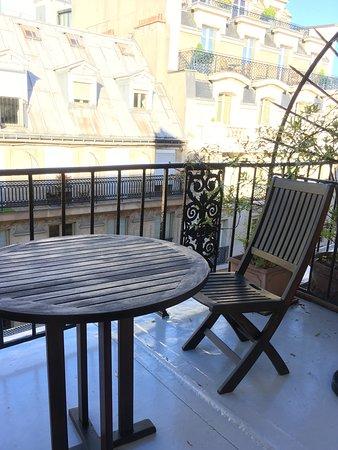 Hotel Mansart: Un trocito de cielo sobre los tejados de París