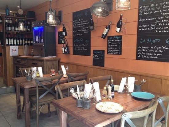 Cormeilles, France: La Goule Et Le Pif