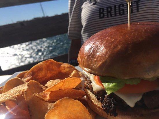 Stonington, CT: Burger
