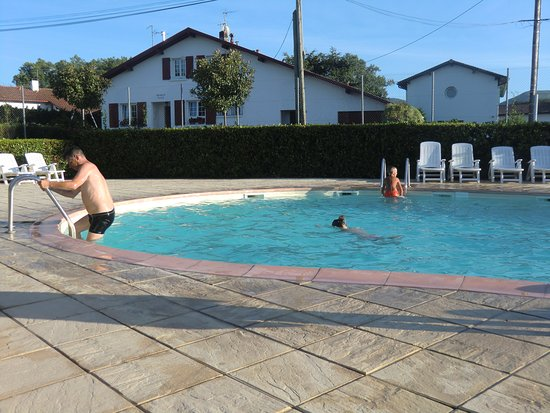 Camping larrouleta updated 2017 campground reviews for Hotels urrugne