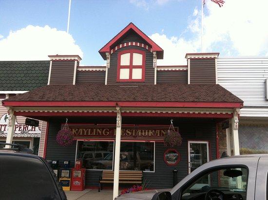 Grayling, MI: Restaurant exterior