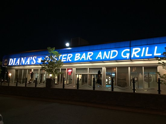 Photo of Seafood Restaurant Diana's Oyster Bar & Grill at 2105 Lawrence Ave E, Toronto M1R 2Z4, Canada