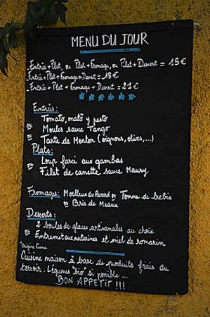 Tautavel, Frankrig: Menu du jour. There's a la carte too.