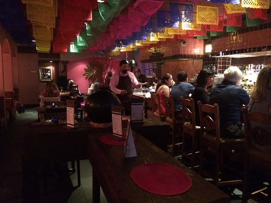 Rosa Mexicano - First Avenue : Bar area and some tables