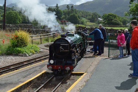 Ravenglass, UK: Wonderful Steam Train