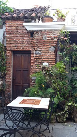 La Villa Serena: 20160815_071455_large.jpg