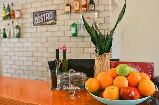Eilon, Israel: המקום מתמחה בפרי שייקים טריים המוכנים במקום מפירות טריים וקפואים