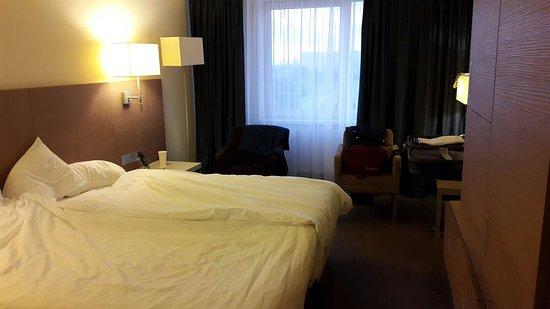 Holiday Inn St. Petersburg Moskovskiye Vorota: 20160823_202344_large.jpg