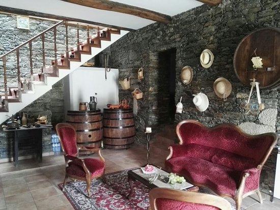 Folgosa, Portugal: IMG_20160819_100157_large.jpg
