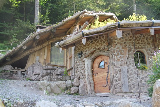 cabane hobbit picture of bol d 39 air la bresse tripadvisor. Black Bedroom Furniture Sets. Home Design Ideas