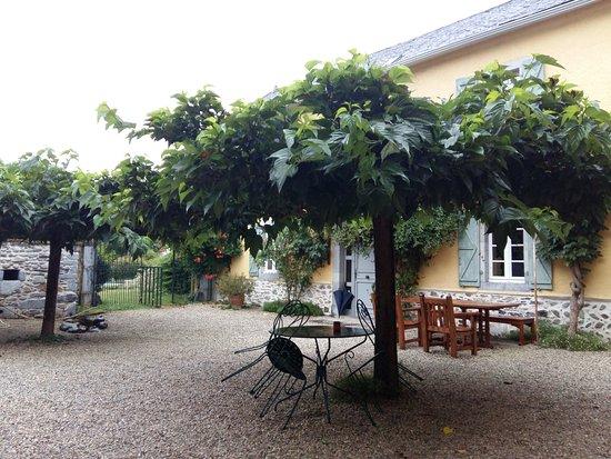 Issor, Francia: Cour des 3 Baudets