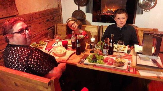 Termignon, Francia: soirée Savoyarde