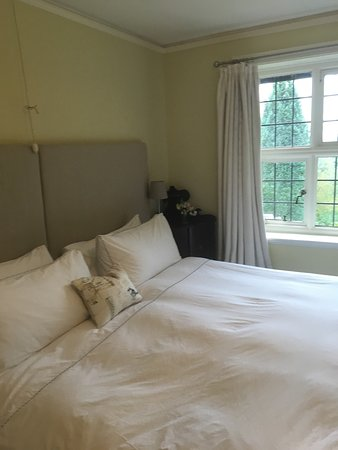 Beacon Hall House B&B: photo1.jpg