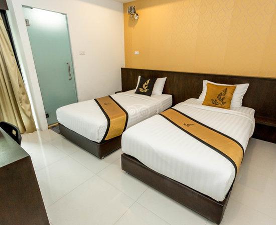 Photo of Hotel Adamaz House at 90 ถนนพระสุเมรุ,, Bangkok 10200, Thailand