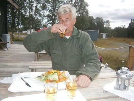 """Borgafjall, Σουηδία: Lunch ute i """"friska luften"""" ( Björnidet)"""