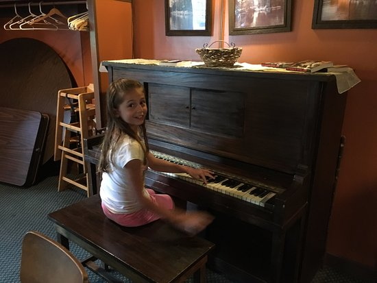 Kingston, NY: the piano in the corner that they let my daughter play