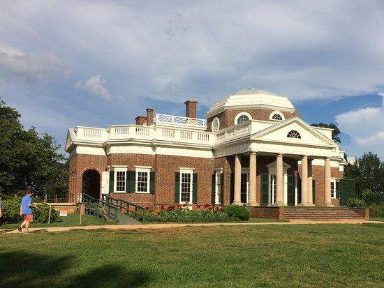 Charlottesville, VA: Trail behind Monticello