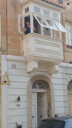 Haz-Zebbug, Malta: Il balcone della camera da letto