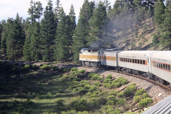 Grand Canyon Railway: Returning from the Canyon