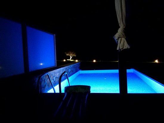 Al Mare Villas: IMG_20160729_232449_large.jpg