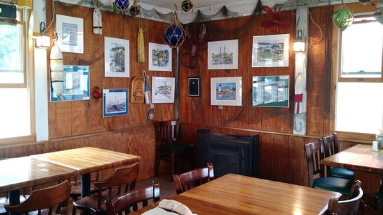 Lincolnville, ME: inside dining