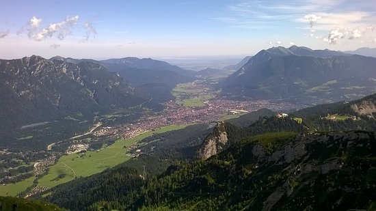 Alpspitz: Garmisch-Partenkirchen from above