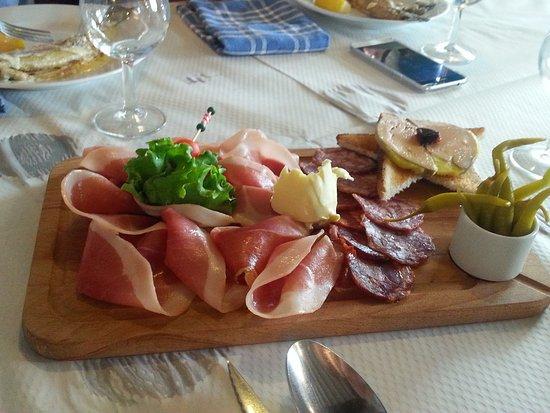 Restaurant auberge d 39 ahusquy dans alcay alcabehety - La cuisine espagnole expose ...