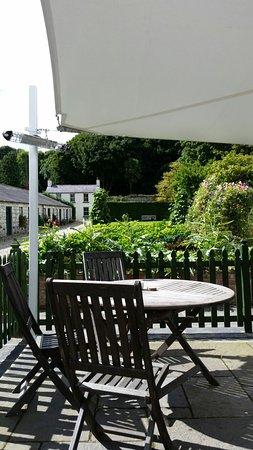 Glenarm, UK: Tea and Victoria sponge
