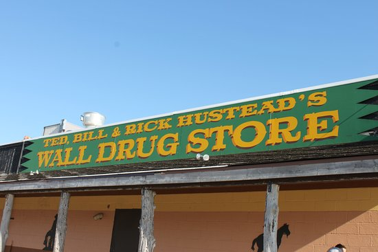 Wall, SD: Family owned drug store