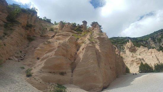 Fiastra, Italien: 20160823_143036_large.jpg