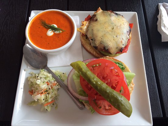 Sicamous, Canada: Great food!