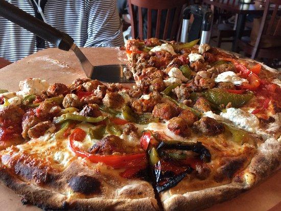 Littleton, ماساتشوستس: Pizza