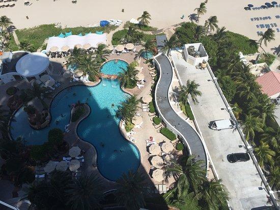 Trump International Beach Resort: photo0.jpg