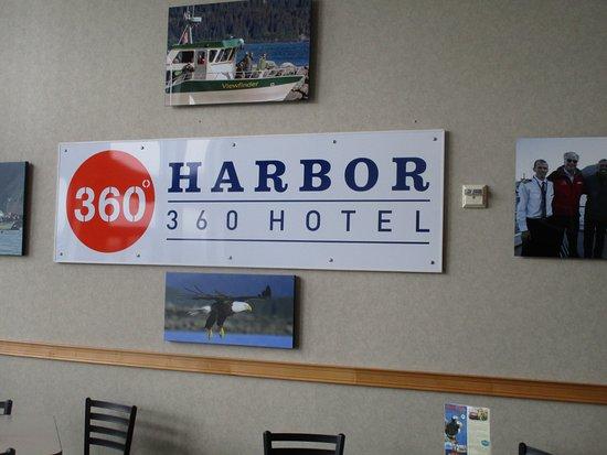 Harbor 360 Hotel - sign in breakfast room
