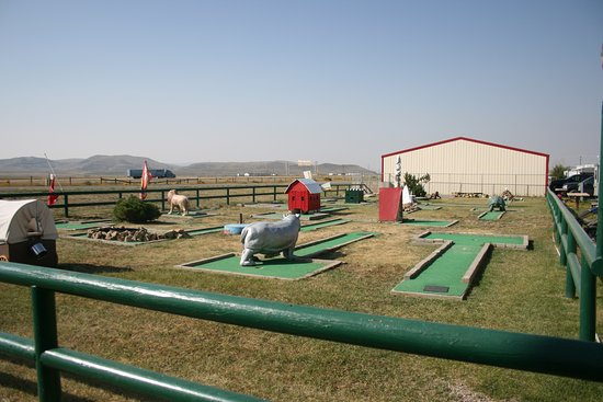 Rawlins, WY: Mini golf on site!