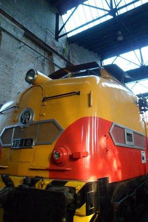 Lanus, Αργεντινή: Una vieja locomotora Diesel.