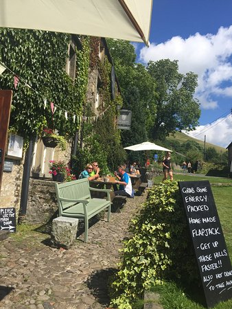 Malham, UK: The Lister Arms