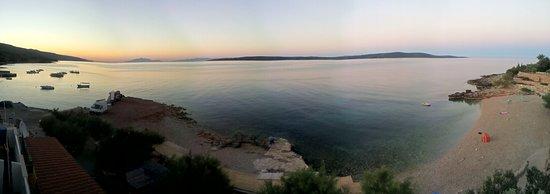 Zavala, โครเอเชีย: la spiaggia