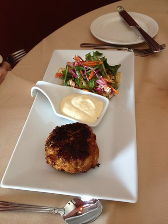 Round Lake, Estado de Nueva York: Crab cake appetizer