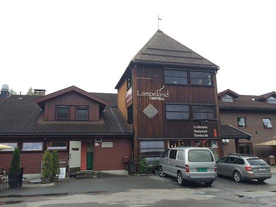 Lampeland, Noruega: Hotell, restaurant, kafé og gatekjøkken